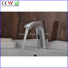 China Venda quente Automatic Sensor Mixer Faucet (QH0112A)